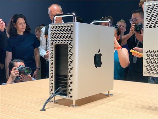 苹果 Mac Pro 被吐槽刘作虎:只有我觉得很漂亮吗