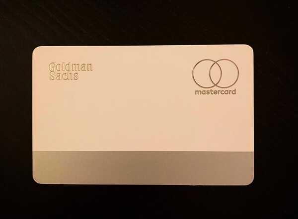 苹果信用卡 Apple Card 实物首曝:钛合金材质极致简洁