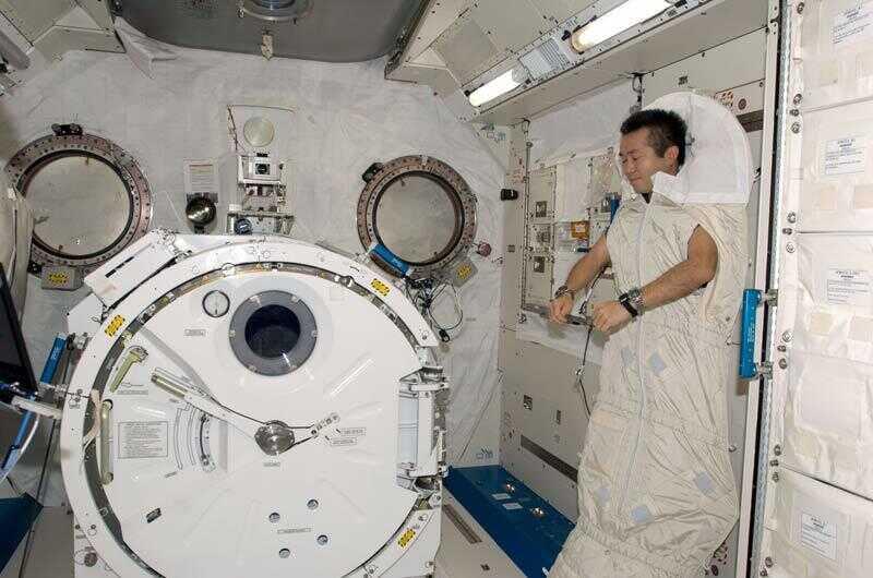 知否会做梦会失眠?在太空睡觉究竟是种什么感觉?