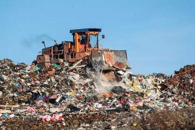 城市垃圾填埋场用于处理居民生活垃圾,生物反应垃圾填埋场用于处理有机垃圾,工业垃圾填埋场用于处理商业和工业垃圾。