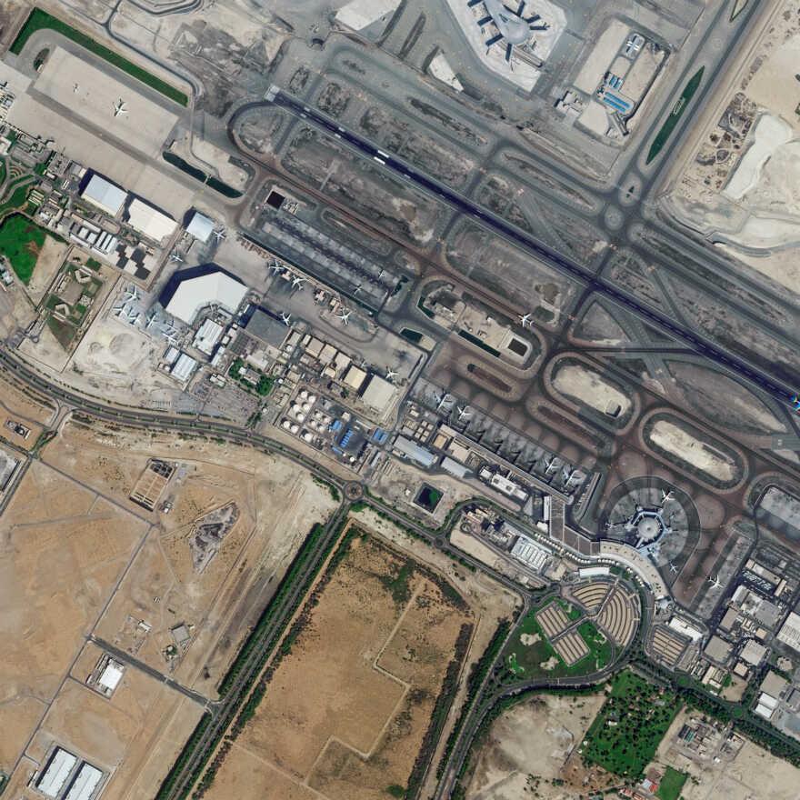 4、20191116_阿联酋-阿布扎比国际机场_meitu_4.jpg