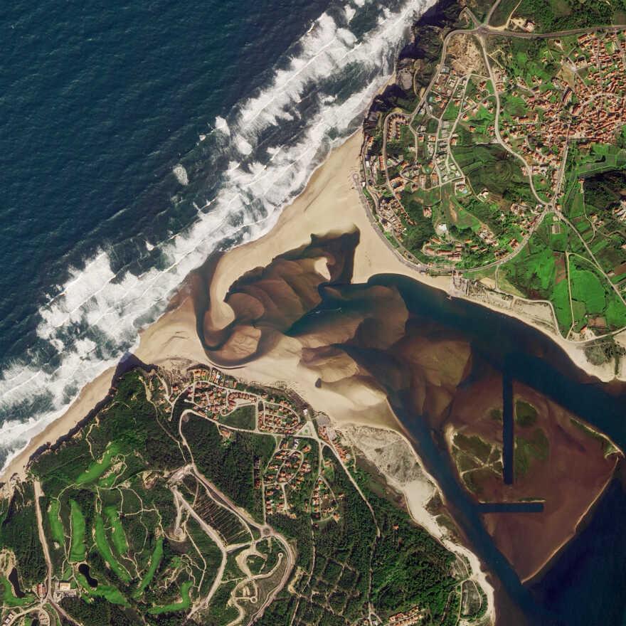 萄牙-奥比杜什湖海岸_meitu_1.jpg