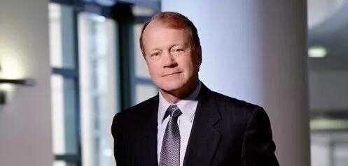 CISCO 前 CEO钱伯斯(John T. Chambers)